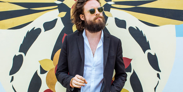 2015FatherJohnMisty_Web_Glasto15_9548_DB270615.hero