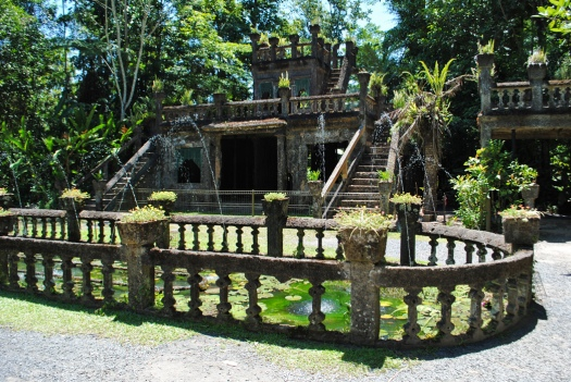 The park was built by a Spanish guy called José Paronella to provide entertainment for the public, and was influenced by the Moorish style